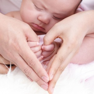 newborn face & hands 123rf